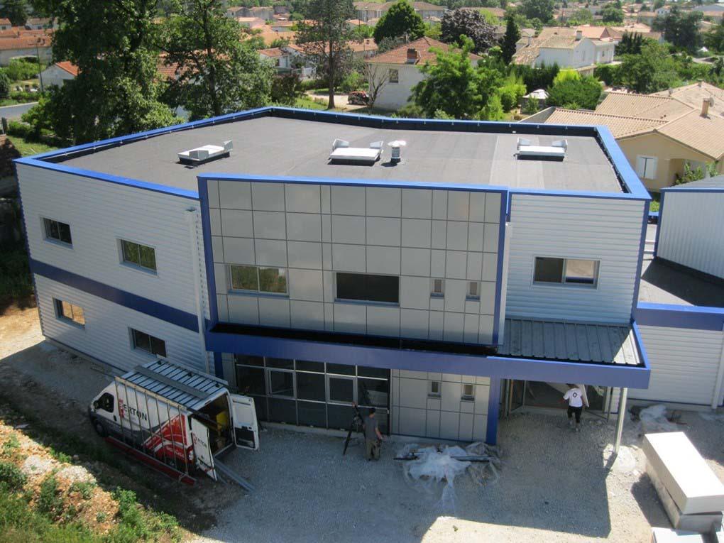 Commerce et bureaux, toiture étanchéité - Charente